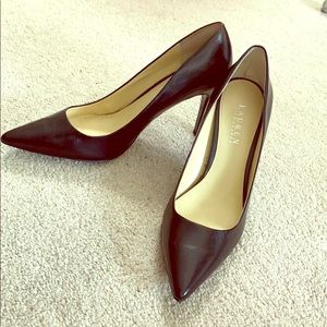 Ralph Lauren beautiful black leather pumps